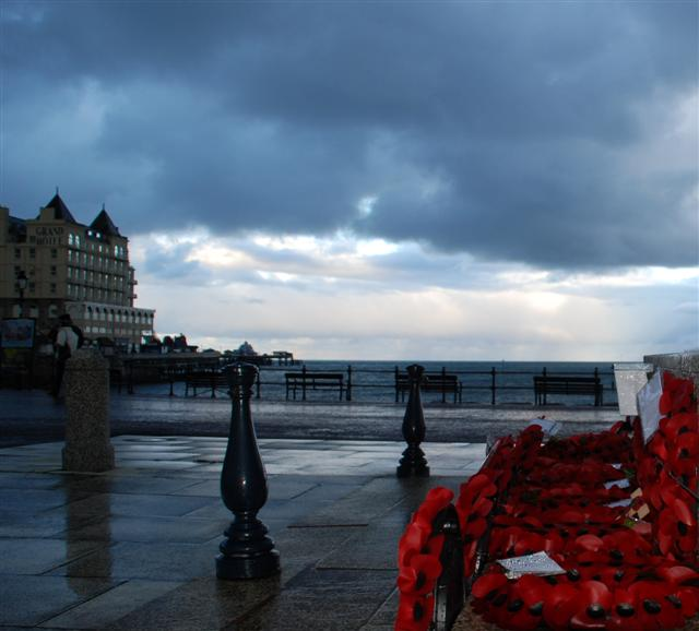 Remembrance Sunday Llandudno Daily Pictures