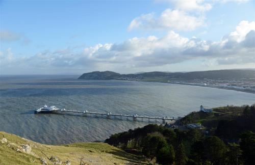 Llandudno Pier and Little Orme from the Great Orme