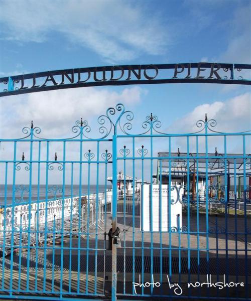 Llandudno Pier Closed Jan 2013 (Large)