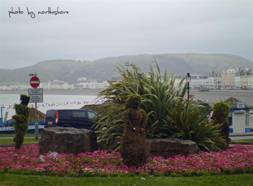Picture of Alice in Wonderland roundabout Llandudno