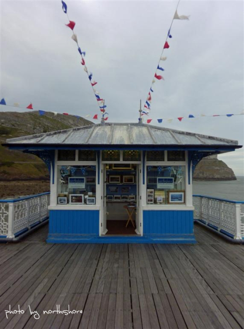 Picture of shop on Llandudno Pier