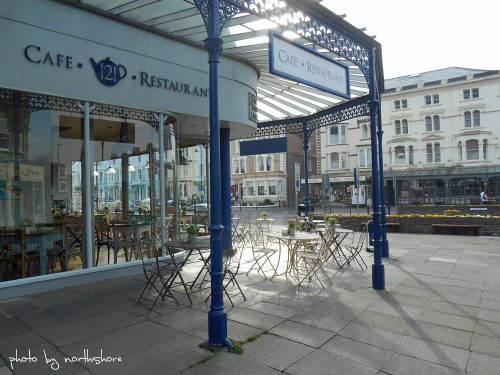121-Cafe-Llandudno