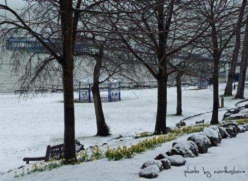 happy valley llandudno in snow
